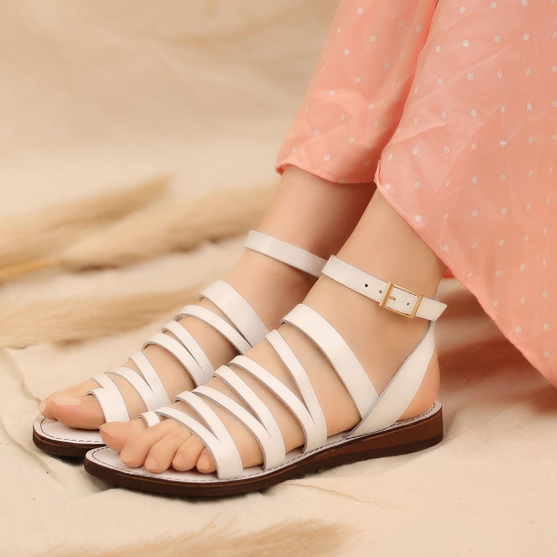 Beyaz Parmak Arası Gerçek Deri Kadın Sandalet