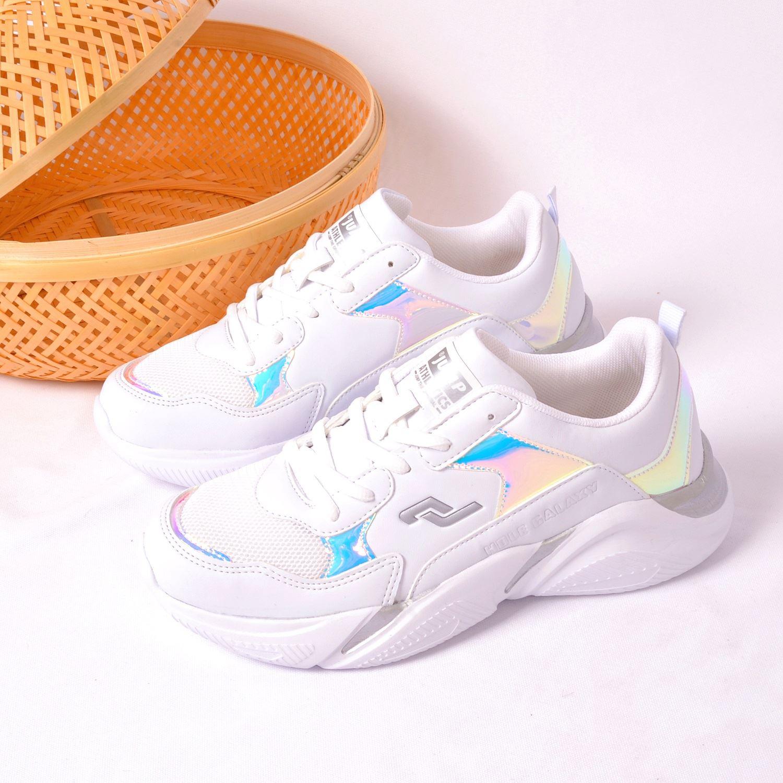 Jump 24800 Beyaz Kadın Spor Ayakkabı